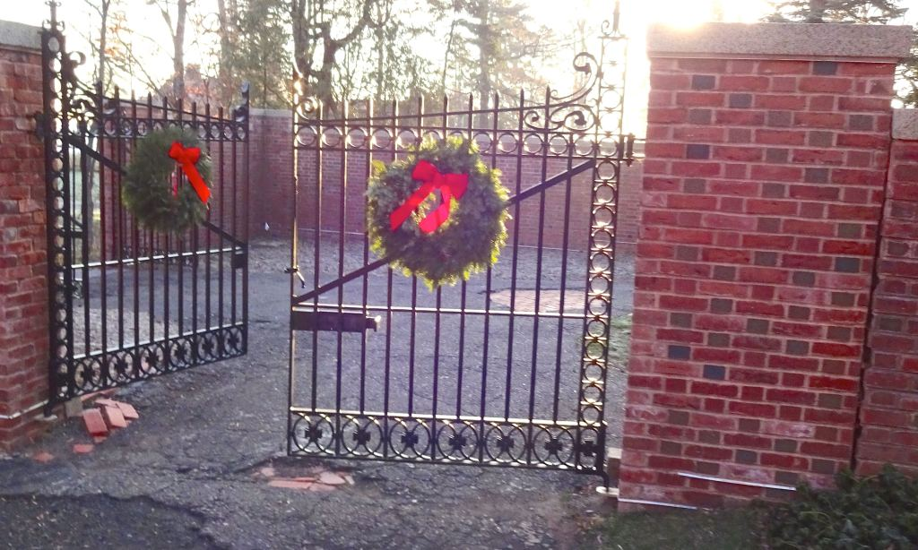 1213.F.DBN. Gate