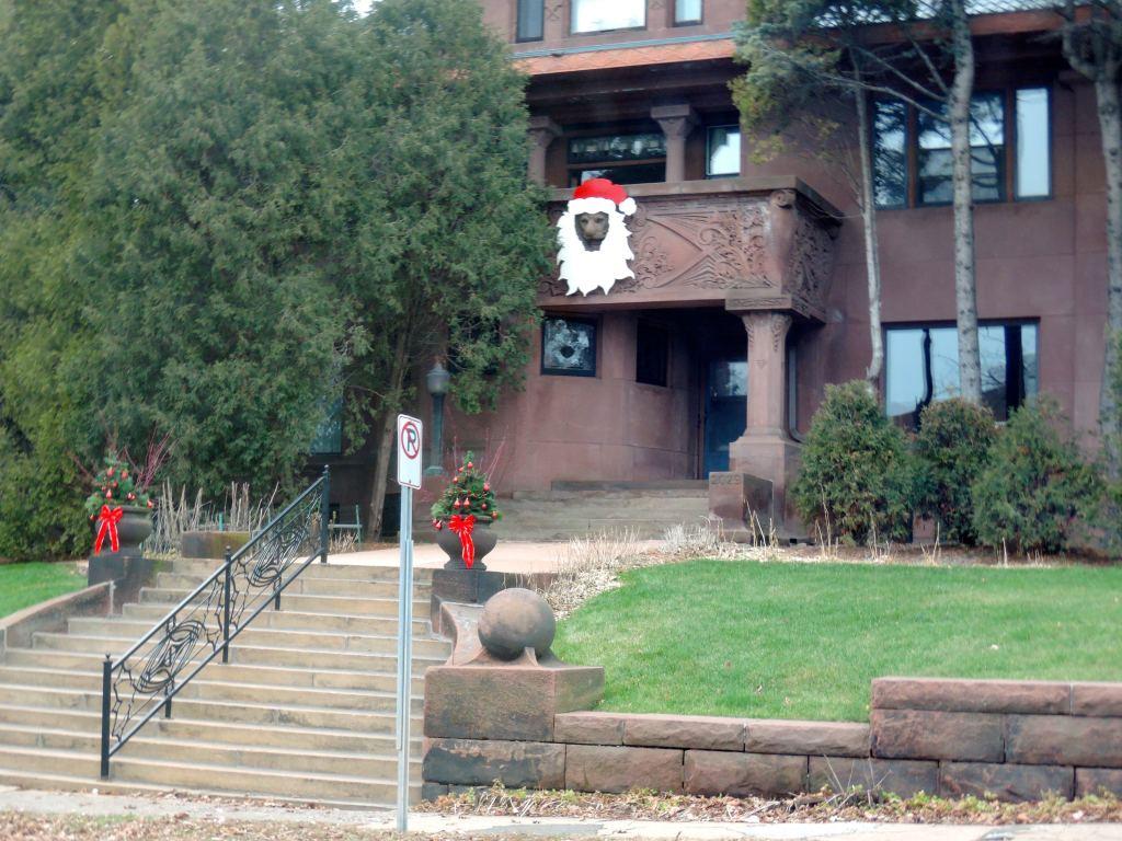 2015.12.09 DDP Lions and Santa