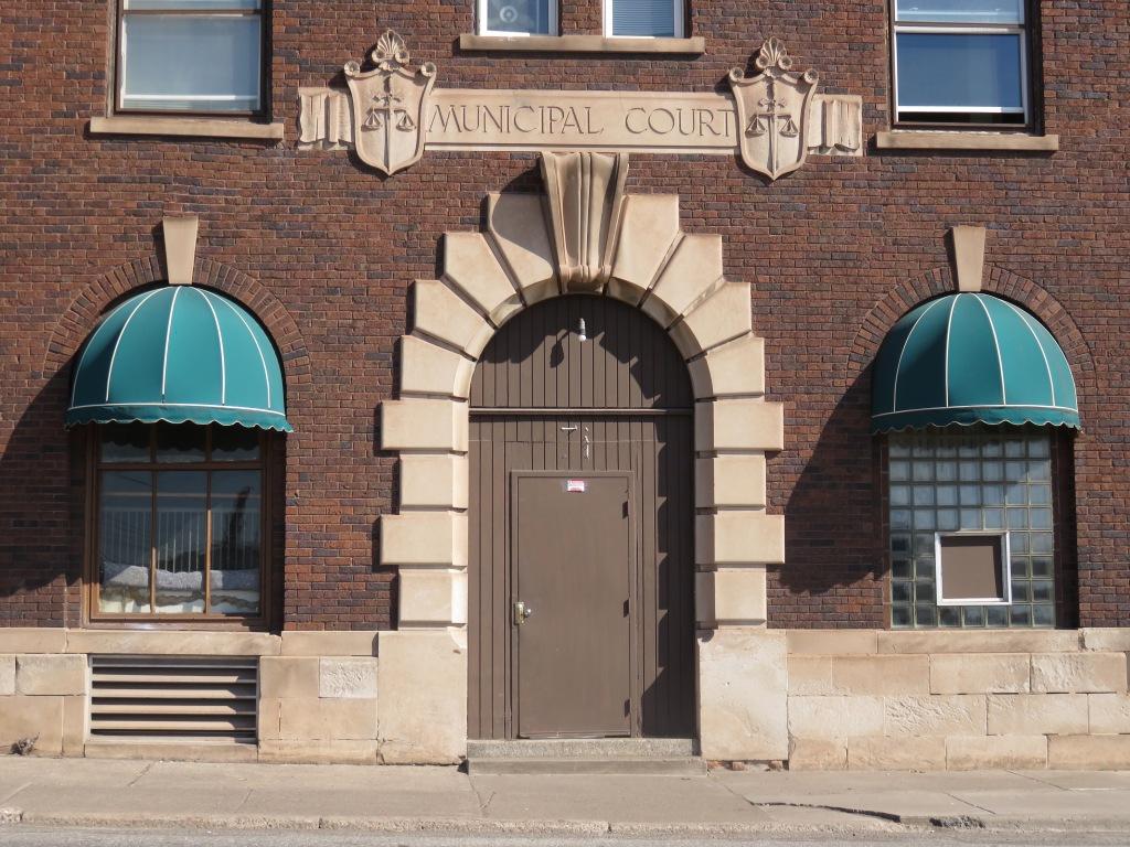 16.04.15 municipal court.jpg - 1