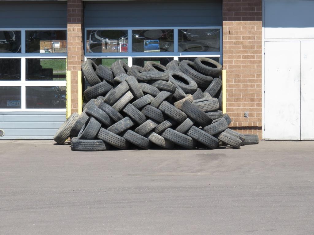 16 05 054 ddp tires .jpg - 1